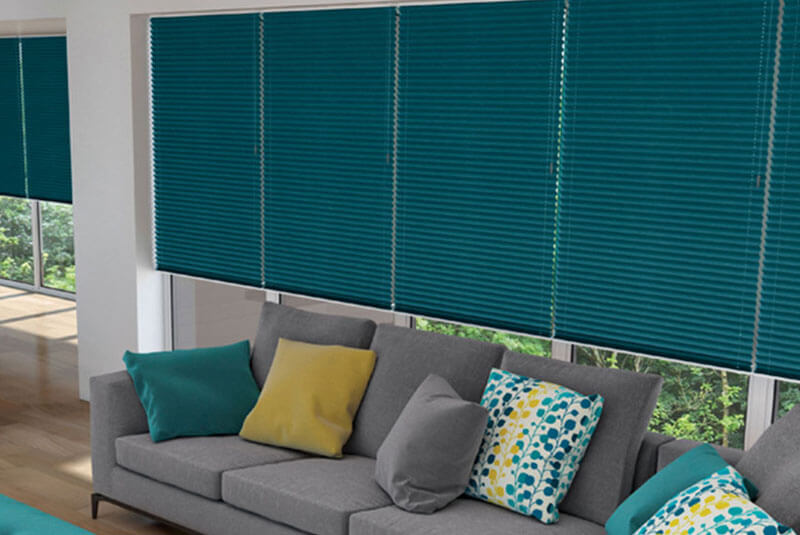 pleated blinds turquoise